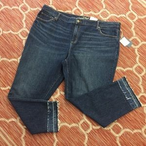 Moving Sale 💗 NWT Universal Thread jeans (E4)